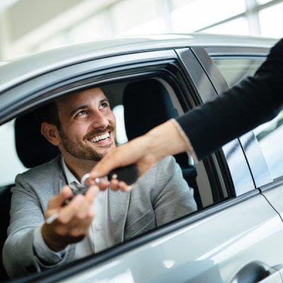 Inicio 5-Razones-por-las-que-comprar-un-coche-de-segunda-mano-400x400